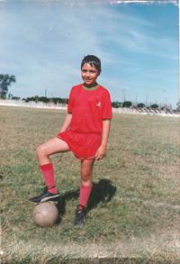 belasteguin-jugando-a-futbol