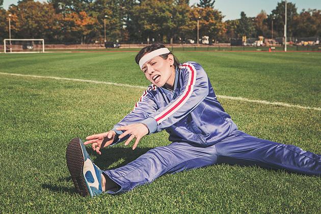 La importancia de realizar estiramientos antes de jugar al padel