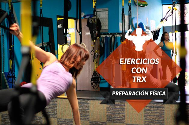 Ejercicios con TRX que mejorarán tu rendimiento en el pádel